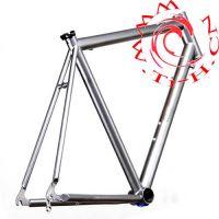 钛合金自行车前叉, 钛合金管,比强度高车架