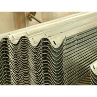 通祥交通供应优质Q235热镀锌波形护栏、护栏板