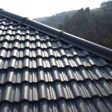 北京周边地区老房子屋面换氟塑树脂彩瓦 深灰色 旅游景区仿古建筑屋顶仿古瓦