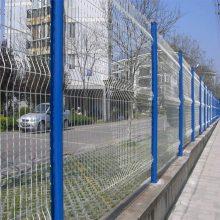 绿化带防护栏网 厂区浸塑护栏网 珠海桃型柱铁丝隔离网厂家直销