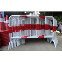 郑州建华供应铁马护栏 道路施工移动铁马护栏价格