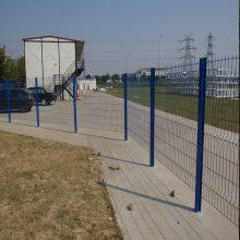 铁栅栏网厂家 佛山桃型柱网片加工 珠海市政围栏网 防撞网包塑