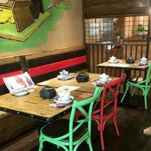 时尚个性湘菜馆餐桌椅子定做,广州美式乡村餐饮家具款式图片
