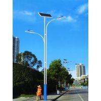 新农村5米6米30瓦LED太阳能路厂家报价12v锂电池