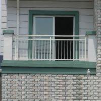 供应别墅室外铁艺阳台护栏厂家直销欧式小区阳台玻璃安全防护栏