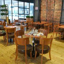 珠海甜品店休闲桌椅定做,北欧风实木餐桌椅组合