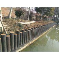 滨州仿木桩厂家 水泥仿木树桩 混凝土仿石护栏 仿木河道栏杆