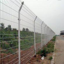 供应护栏网批发价 佛山公路护栏网 深圳绿色铁丝双边丝护栏