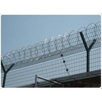 刺篱笆隔离网@河北刺篱笆隔离栅@刺篱笆隔离栅生产厂家