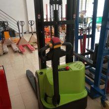 步行式全电动堆高车批发 1吨升高2.5米电动升高搬运车 电瓶叉车