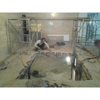 南京专业家庭装修打孔-开线槽.墙壁开门和开窗及各种大小孔钻孔、.墙体切割.拆除房屋