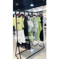 上海经典品牌知恩品牌折扣女装货源夏装礼诚服饰出货中