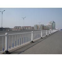 成都路百全市政道路交通安全施设 马路中间锌钢隔离栏杆