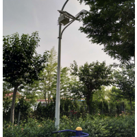 适合农村的简易太阳能LED路灯