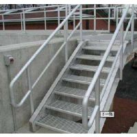 工厂厂房简易耐用钢格板楼梯踏步板