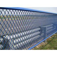 中泰网业喷塑/浸塑框架护栏网、双边护栏网、钢板网护栏、防眩网、铁艺护栏、三角护栏网、勾花护栏网