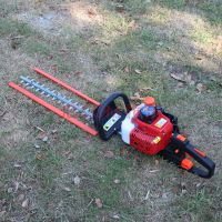 两用单刀双刃剪树直销 多用农用工具的方法汽油剪树机 绿篱机效果