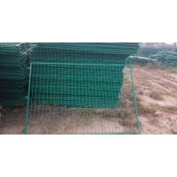 浸塑护栏网 定做双边丝绿色钢丝隔离网 道路护栏 高速路隔离栅围栏网