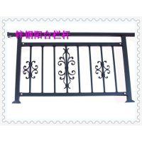 农村家用封闭式阳台护栏注意事项家里设施一定要妥当