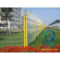 光伏电站护栏网安装护栏网-耀佳丝网