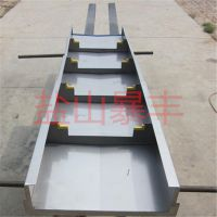 斜床身数控车床CK40L伸缩导轨钢板防护罩