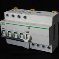 全新原装正品施耐OSMC65H2D2小型断路器特价现货单相