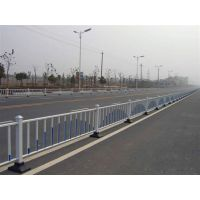 郑州道路护栏 锌钢护栏 交通护栏 交通隔离护栏