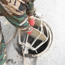 蓬莱市小型污水管井清淤车 污水优化处理 洪鑫小型污水井清淤机器厂家