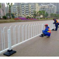 道路护栏A河北锌钢道路护栏定制
