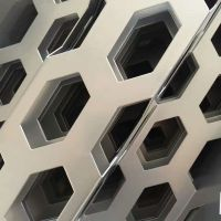 【厂家现货供应】镀锌圆孔网 冲孔网 过滤筛分洞洞板 铁皮筛网装饰网