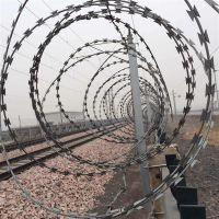 刀片刺网在铁路防护当中有什么用途 铁路刀片刺绳防护网厂家【孟业刺绳】
