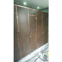 烟台市圣堡仕 安装卫生间隔断隔墙防水防潮淋浴房间挡板公共厕所