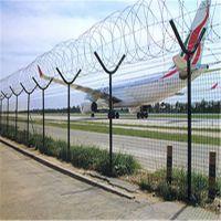 供应机场刺丝铁笼护栏 80*80方柱围栏 机场防护网