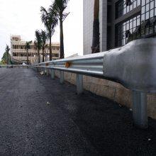 中央分隔护栏安装 河源乡村道路围栏 珠海驾校热镀锌栏杆厂家