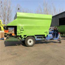 干湿草料都能用 自走式撒料车厂家 润丰 抛料车价格