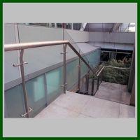 耀恒 定制玻璃不锈钢立柱栏杆 室内不锈钢立柱BC-DD5