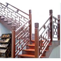 家用定制实木楼梯