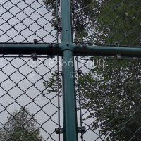 安平崇泽PVC包塑勾花网厂家 包塑篮球场地围网 篮球场围栏网