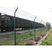 出售新疆祥筑丝网生产绿色浸塑双边丝护栏网
