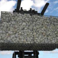鑫隆石笼网厂 供应河道治理铅丝石笼网规格齐全 品质厂家
