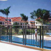 赤峰玻璃阳台栏杆,楼梯靠墙护栏Q235HC深爱客户依赖,喷塑护窗围栏,竹节管栅栏