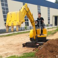 弗斯特小型挖掘机,履带式的钩机更可以适应多种环境地形