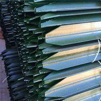 厂家直售烤漆锌钢钢牛栏网Y型柱草原围网Y型立柱刺绳铁蒺藜缠绕柱