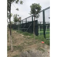 球场勾花护栏网 体育场防护网 篮球场围栏网现货 勾花网围栏网