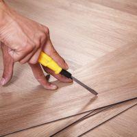 供应山东鑫诺石塑地板木纹锁扣系列