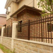 广州带立柱铁艺护栏价格 广州私立学校围墙栏杆 广州锌钢围栏厂家