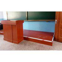 好的学校讲桌给老师提供舒适的授课空间