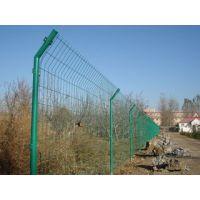 供应公路防护网 围栏网 铁路隔离栅 农场隔离网 学校护栏网
