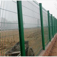 厂家供应1.5*3米桃型柱护栏 车间隔离栅 机场围栏