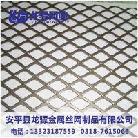 红色钢板网 菱形网护栏 钢板网护栏价格